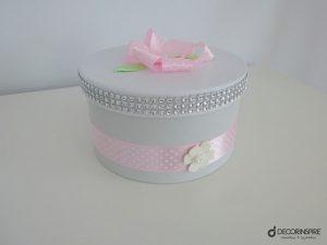 Pastelowe ozdobne pudełko